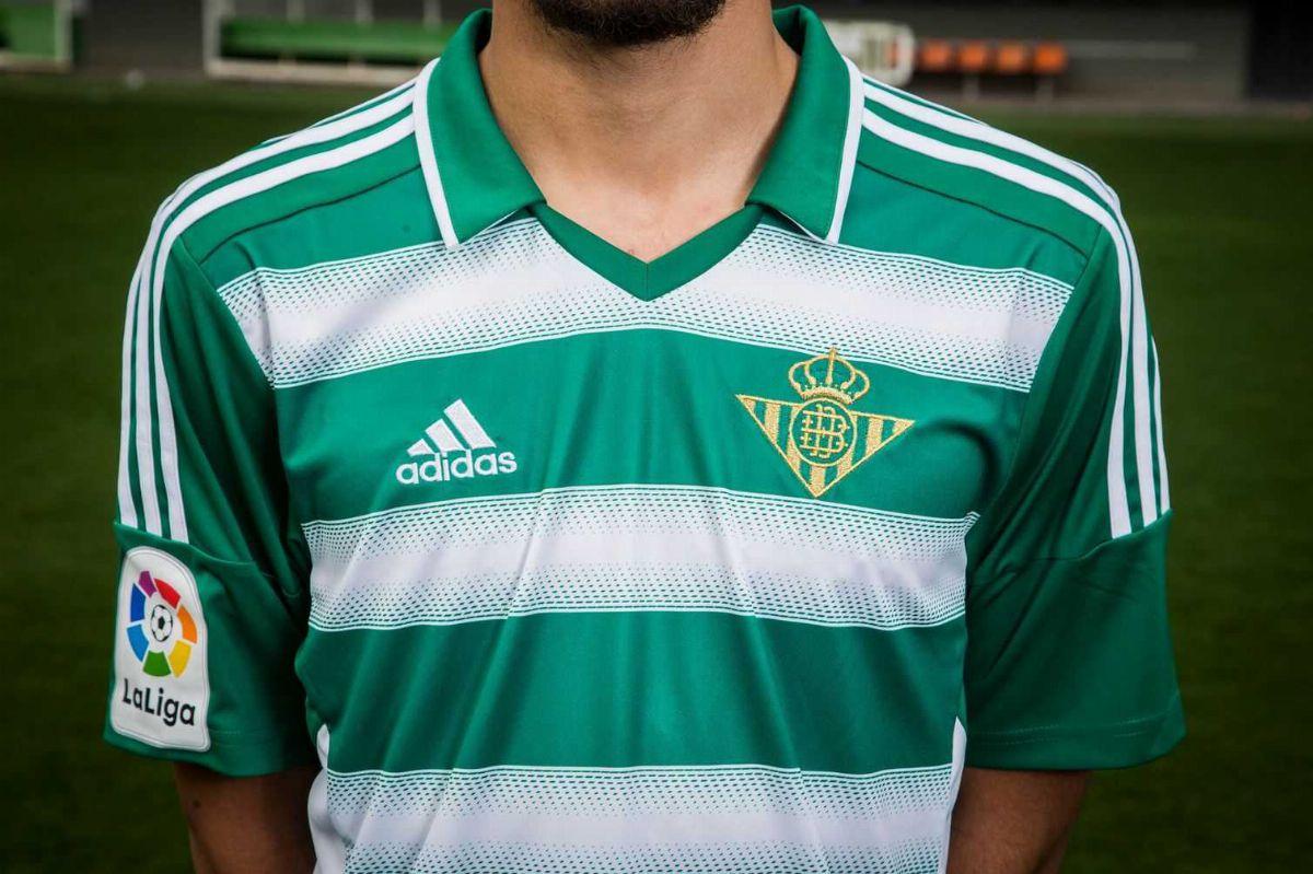 Real Betis 2016-17 Dia de Andalusia Kit